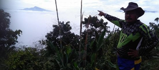 Indigener im Regenwald von Kelantan